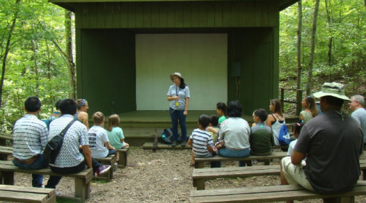 Family Nature Day Activity at Maywoods Amphitheater